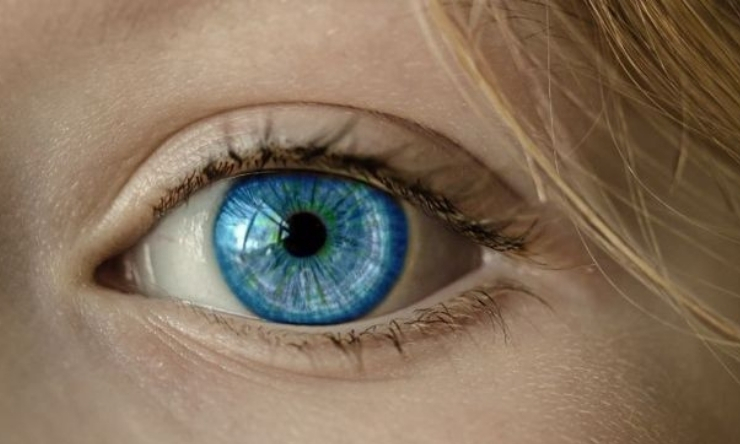 Close up of blue eye
